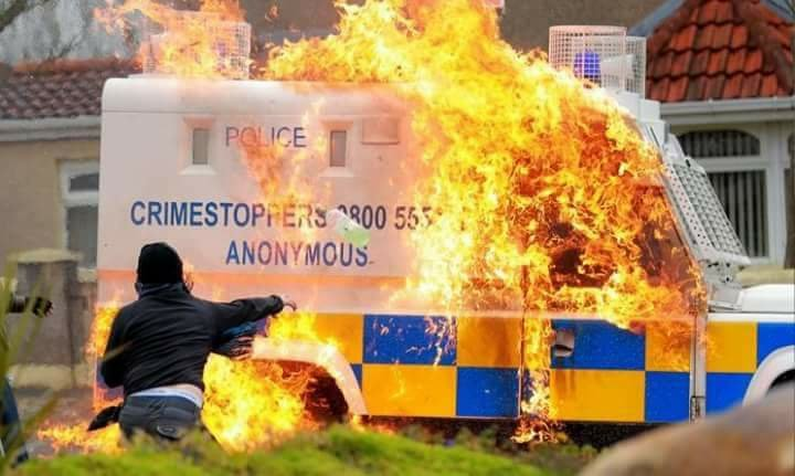 psni-flaming-car.jpg